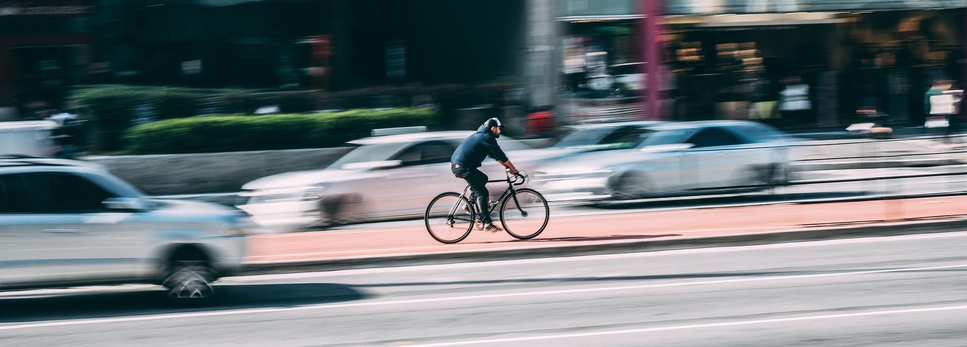 Samspillet mellom syklister og billister i trafikken - Mitt synspunkt